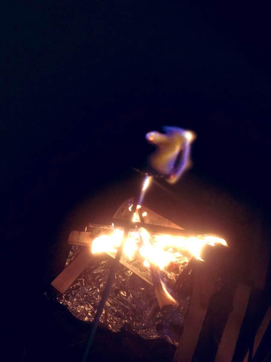 燃えマシュマロ